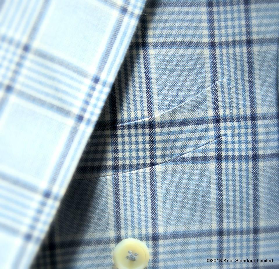 Curved pocket