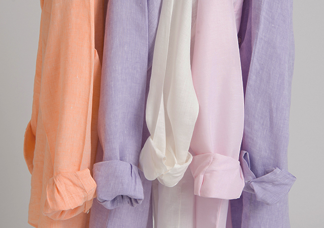 Choose a fabric like linen to stay cool in hot weather