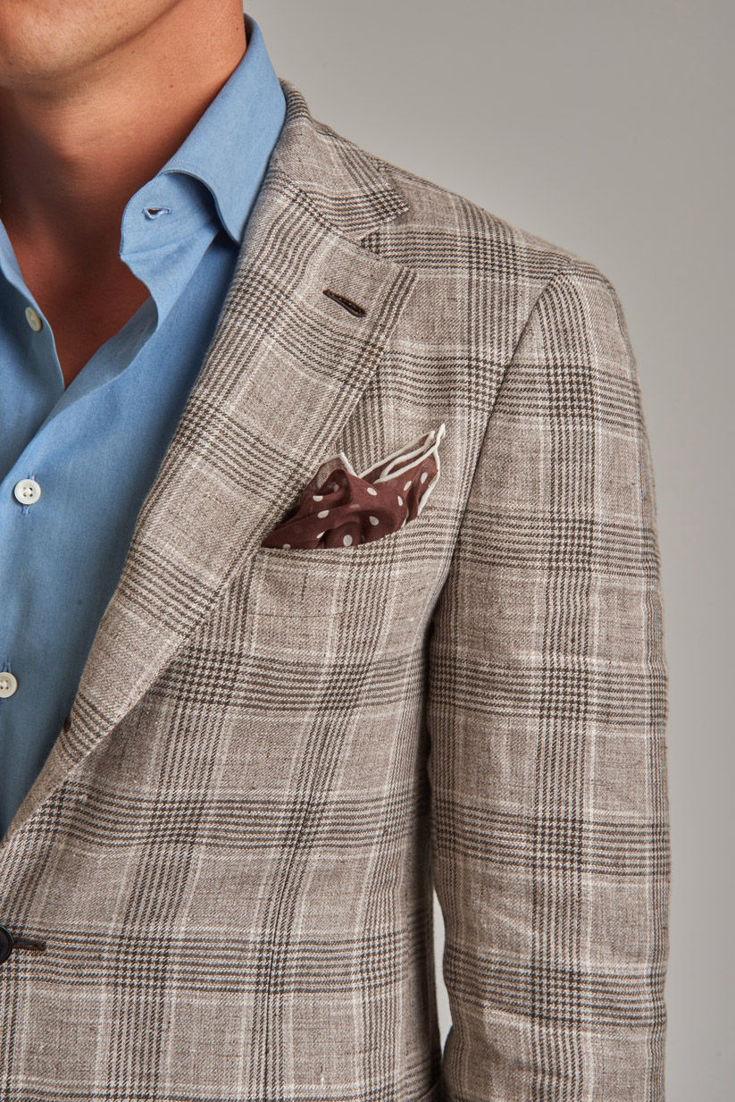 Blazer choice is key in the blazer-and-jeans pairing